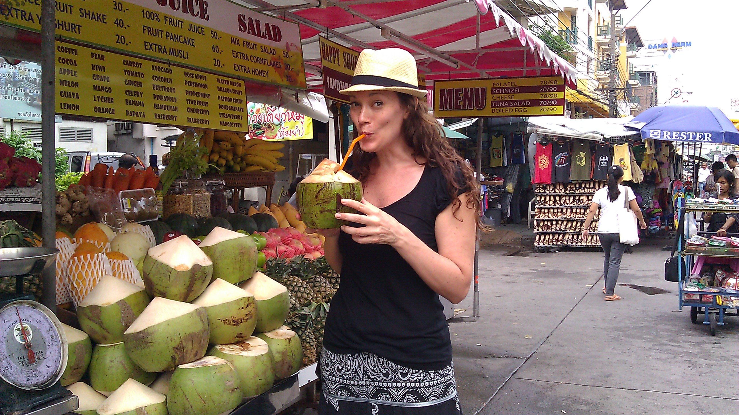 Go Nuts for Coconuts! 10 Reasons to Drink Fresh Coconut Water in Thailand