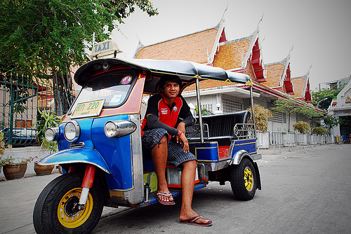 Navigating Bangkok: Taxi, Tuk-Tuk, or Your Own Two Feet?